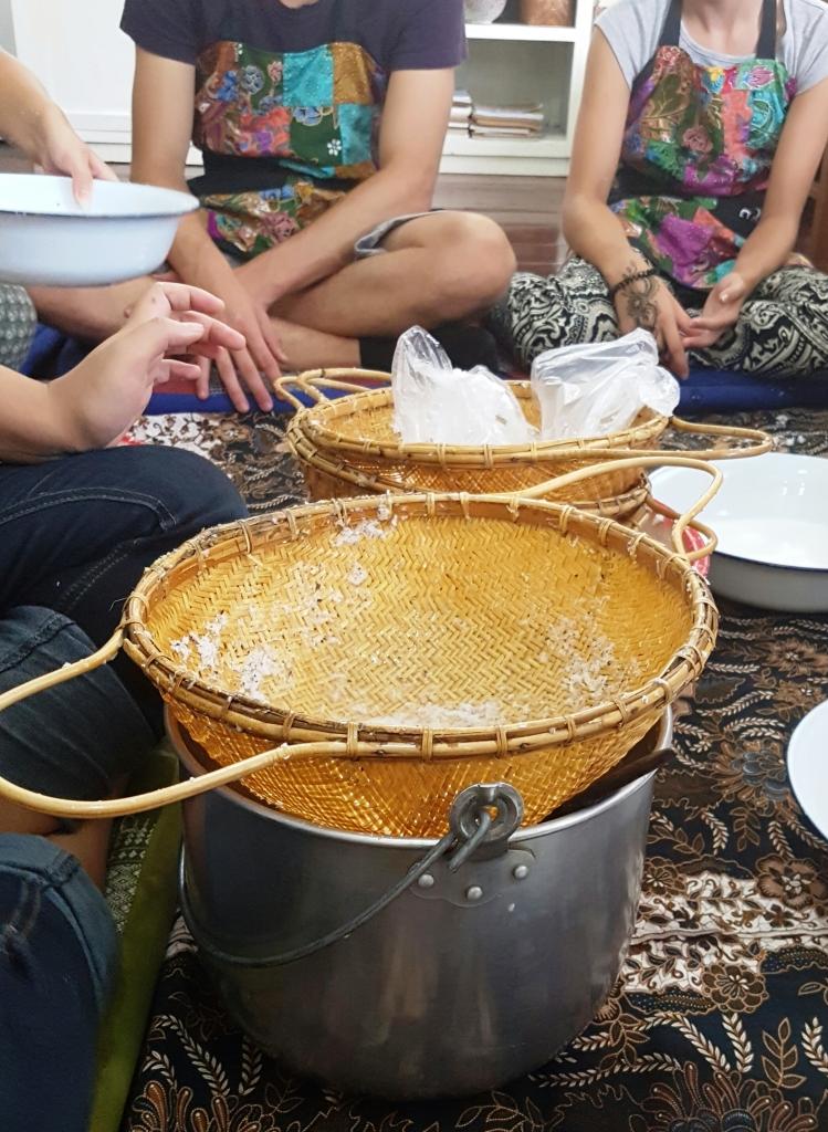 Making Coconut Milk and Cream Trazy - Thailand Silom Thai Cooking School Class in Bangkok!